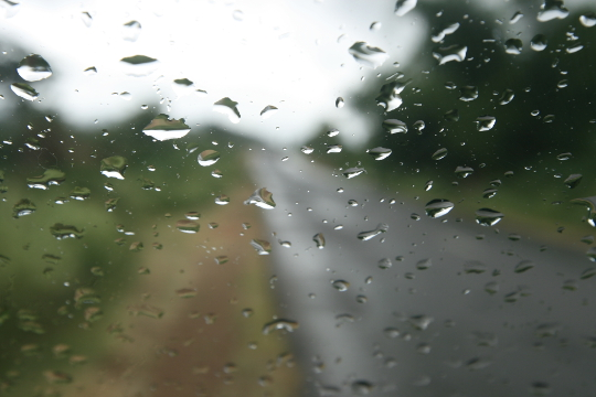 Rendezvous ... with rain and road